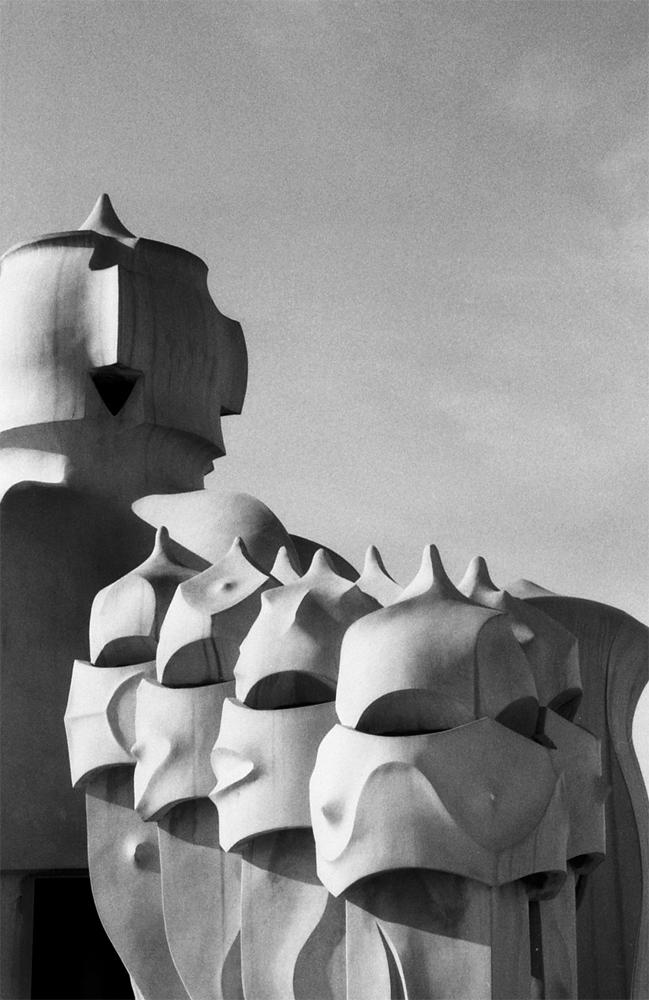 Photo noir et blanc des toits de la Pedrera - Barcelone