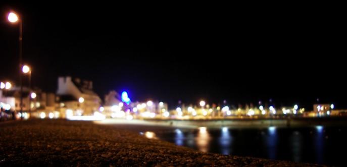 Photo d'un port en Bretagne, by night