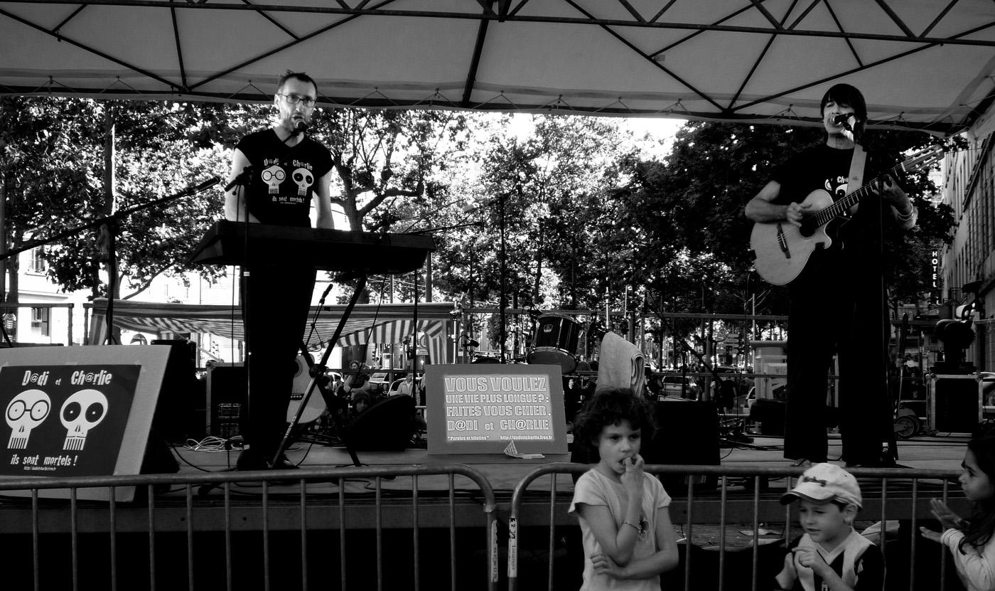 Photo noir et blanc de la fête de la musique - Lyon Croix Rousse
