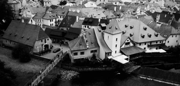 Photo noir et banc de Cesky Krumlov - RéŽpublique Tchèque