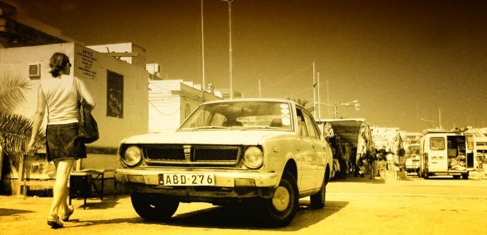 Photo d'une vieille voiture américaine, Malte