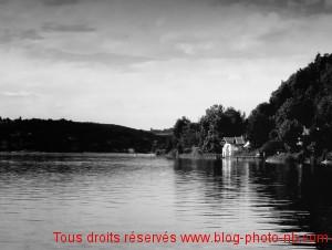 Un jour d'été au Lac d'Aiguebelette - Photo noir et blanc, Savoie