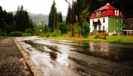 Photo couleur de l'entrée dans les Carpates, Pologne