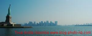 Vue sur Manhattan et Brooklyn depuis la Statue de la Liberté - New-York, USA