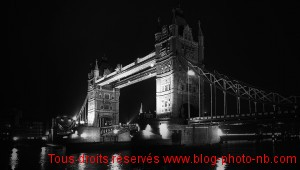 Tower Bridge de Londres - Angleterre
