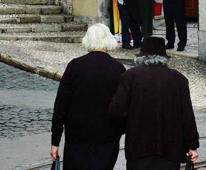 Photo couleur de vieilles femmes portugaise, Porto
